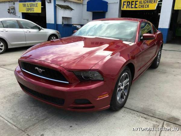 Ford Mustang V6 Premium 2dr Co - фото