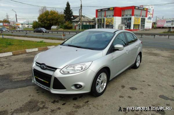 Ford Focus - фото